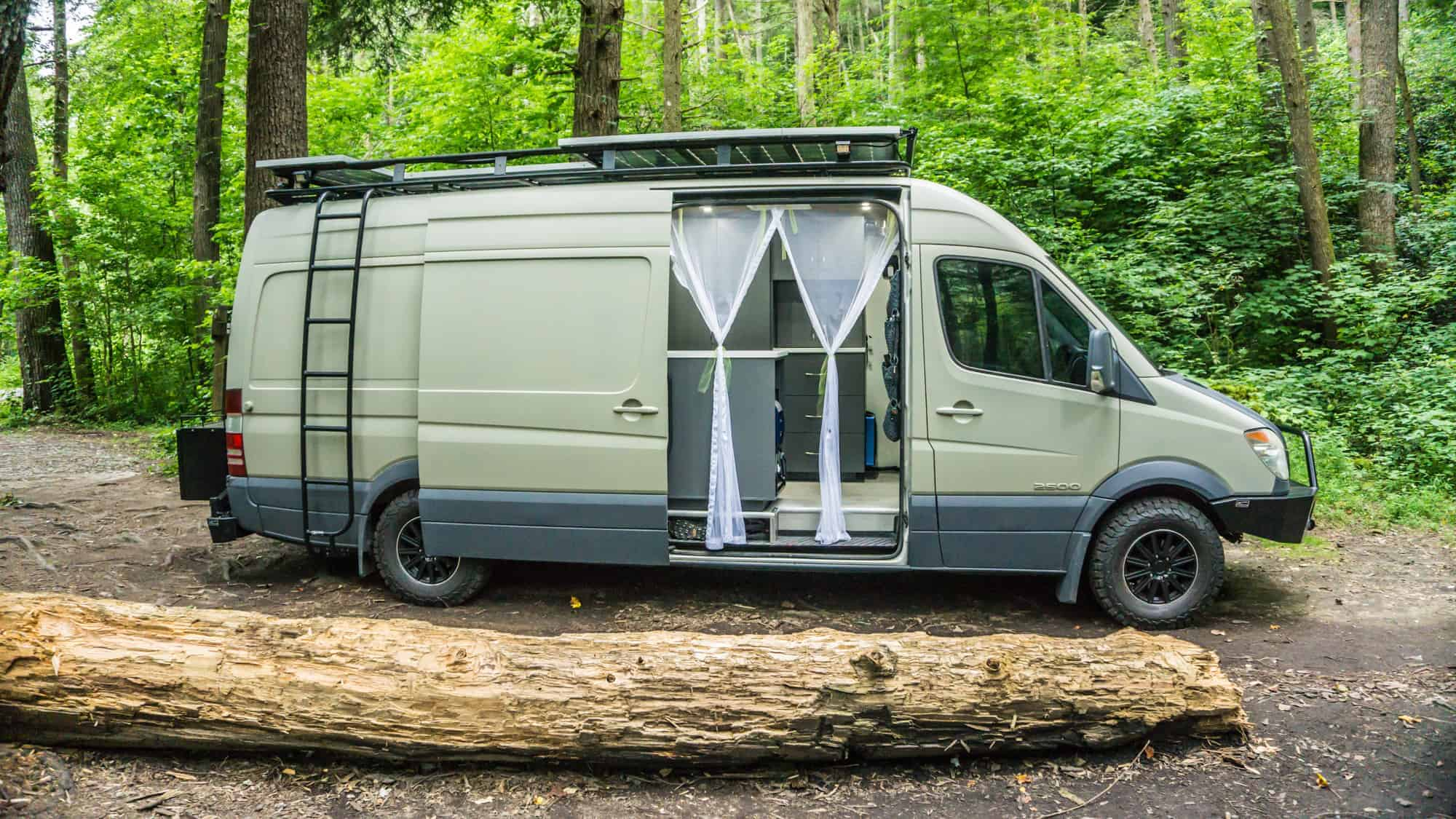 DIY-Campervan-Conversion-1