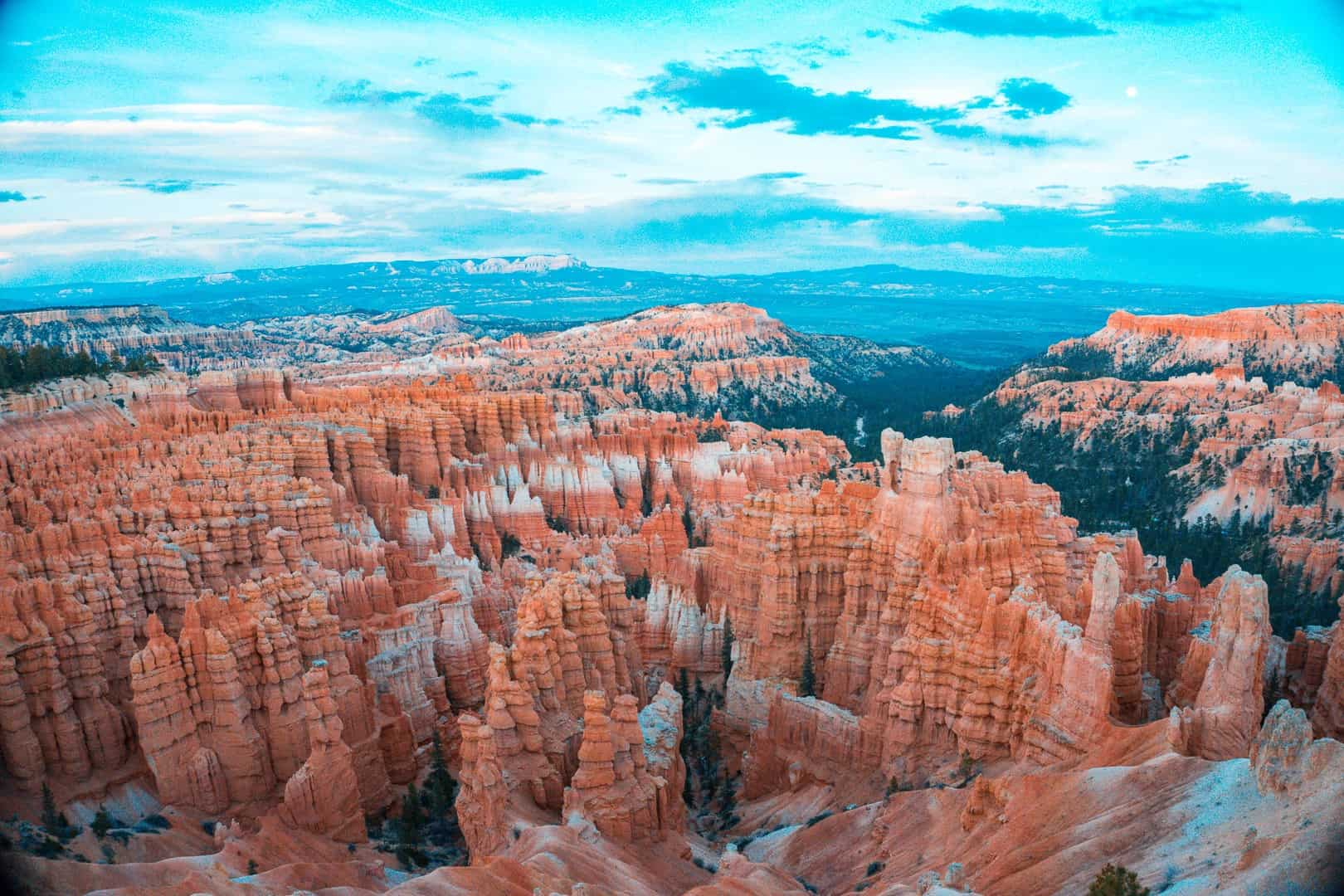 Hiking Fairyland Loop in Bryce Canyon National Park